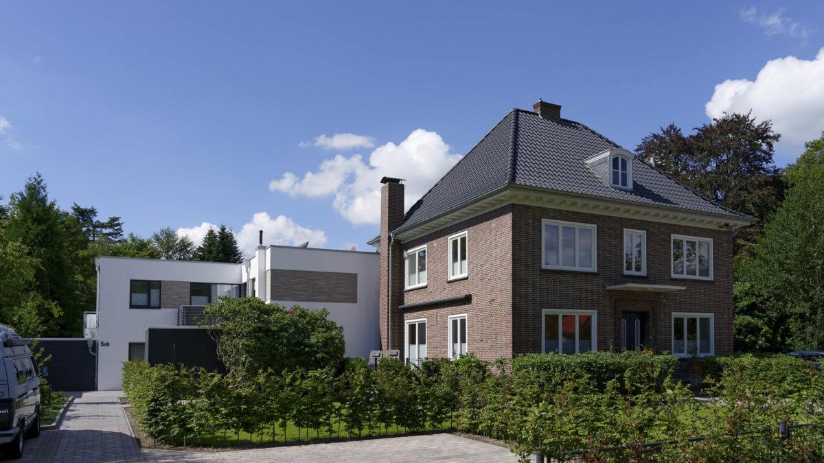 Stadtvilla mit modernem Anbau mit 4 Wohneinheiten